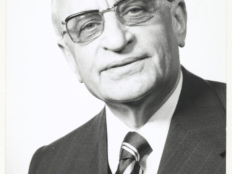 Photo Henri Fréville ancien maire de Rennes
